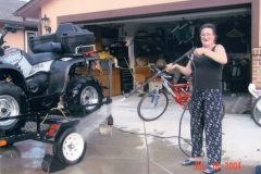 Enza playing with the power washer