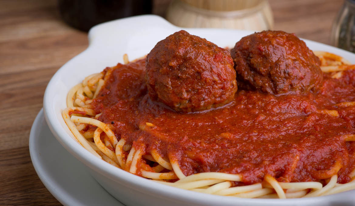 Spaghetti with Meat Balls or Italian Sausages